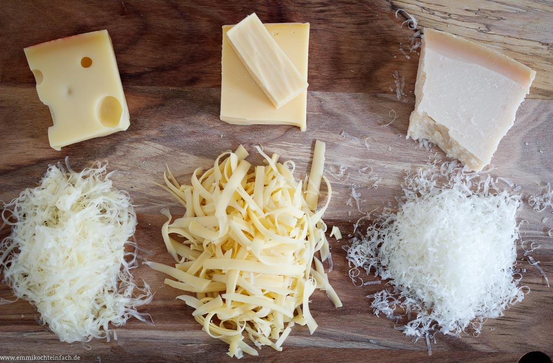 12 einfache Tipps um besser und einfacher zu kochen - Käse frisch gerieben - www.emmikochteinfach.de