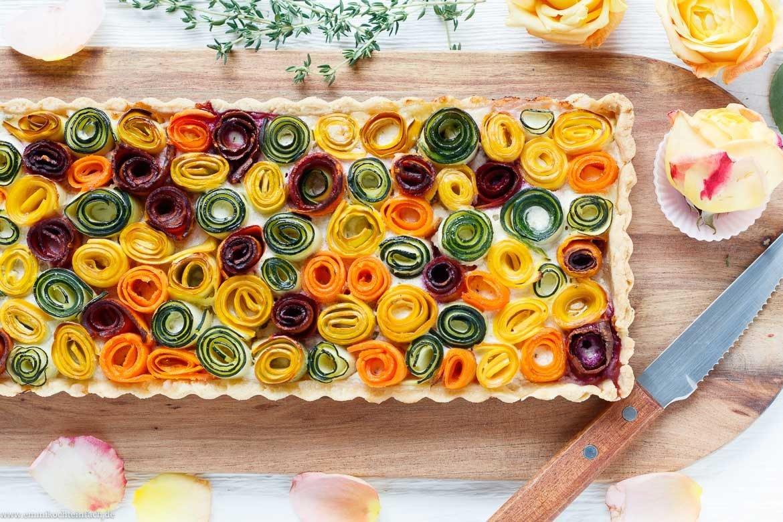 Ein echter Hingucker mit Zucchini und Möhren - www.emmikochteinfach.de