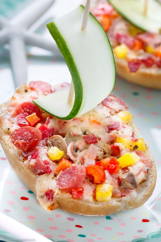 Pizza Schiffchen - www.emmikochteinfach.de