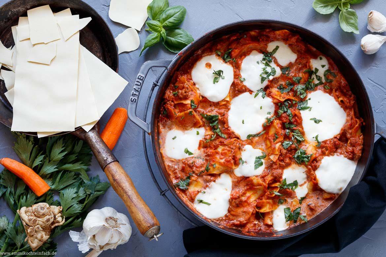 Schnelle Pfannen Lasagne mit Trick-Béchamel - emmikochteinfach