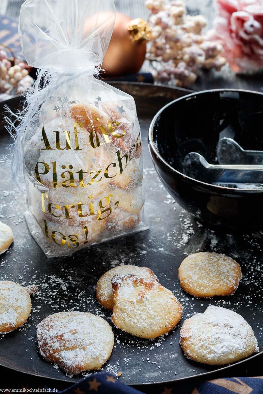 Schnelle Weihnachtsplätzchen ganz einfach- www.emmikochteinfach.de