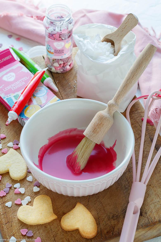 Ein herzliches und farbiges Geschenk aus der Küche - www.emmikochteinfach.de