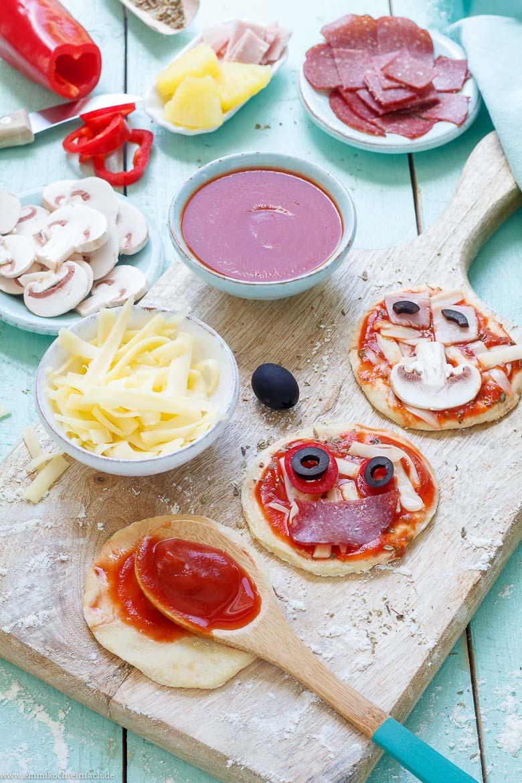 Der Pizzabelag ist ganz einfach gemacht - www.emmikochteinfach.de