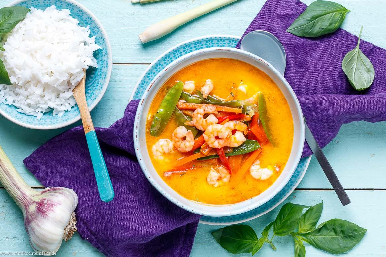 Asiatisches Curry ganz einfach - www.emmikochteinfach.de