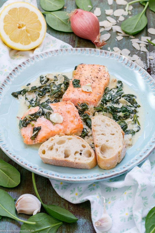 Einfacher Ofen Lachs auf Spinat - www.emmikochteinfach.de