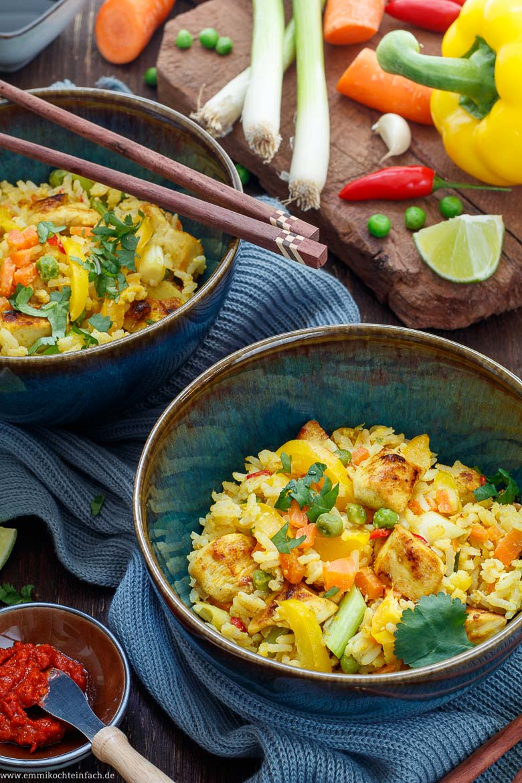 Gebratener Reis mit Hähnchen und Gemüse - www.emmikochteinfach.de
